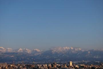 先日からの大雪で、富山市内も雪景色