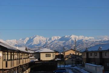 剱、立山、大日など・・我が家のベランダから一望!