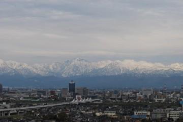 近未来の北陸新幹線と剣、立山、弥陀ヶ原・・