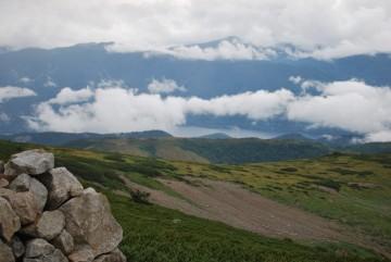 歩き安いと好評の、折立からの登山道。 眺めも道も最高!