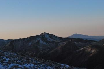 空気が冷たく、澄んでるから、どの山も秀麗な姿を現してます。りっぱ!!