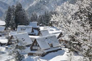 """富山が誇る世界遺産、合掌造り、""""相倉集落""""の雪景色。 ここの住人は、世界遺産の家でふつうに生活を送っているんです。すごい事ですね。"""